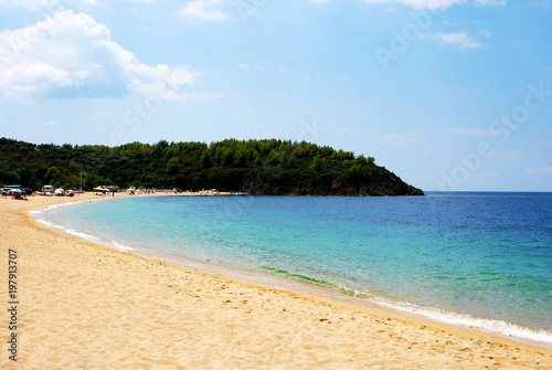 Fotobehang Blauwe hemel Golden sand