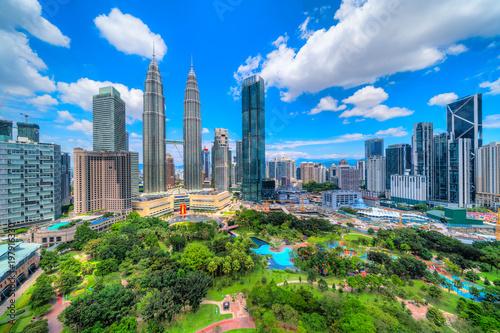Foto op Canvas Kuala Lumpur Kuala Lumpur, Malaysia. The Twin Towers and KLCC Park