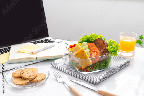 Foto Murales Food in the office. Healthy lunch for work.
