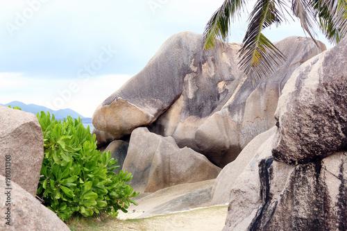 Fotobehang Lavendel Beautiful sandy beach, La Digue Island, Seychelles