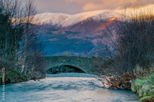 maly-braithwaite-most-przy-zmierzchem