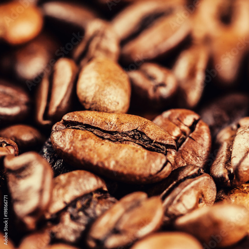 roasted coffee beans - 198166771