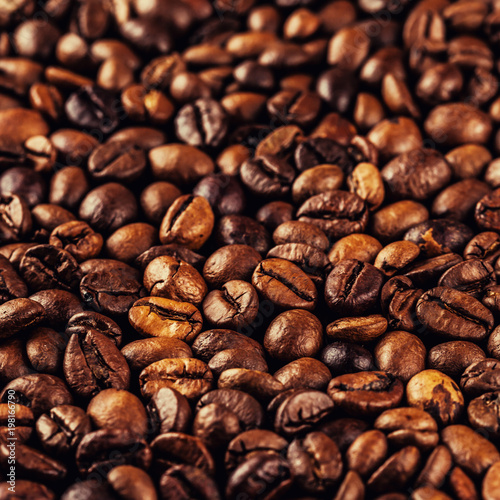 roasted coffee beans - 198166790
