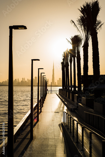 Foto op Plexiglas Dubai Dubai Creek harbor romantic sunset scene