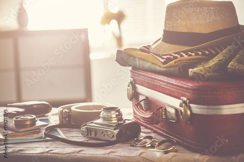 Foto Murales Travel suitcase prepareing concept