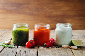 Variation of sauces for meat, poultry or fish