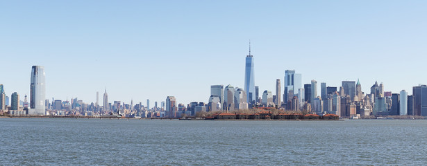 Views from Liberty State Park in Jersey City towards the Skyline of Manhattan in New York City.