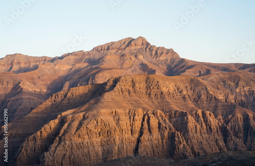 Poster Wit Stunning desert mountain scenery of Jabal Jais in the UAE