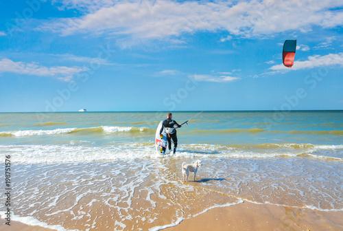 Fotobehang Blauw kisurf sur une plage de rêve