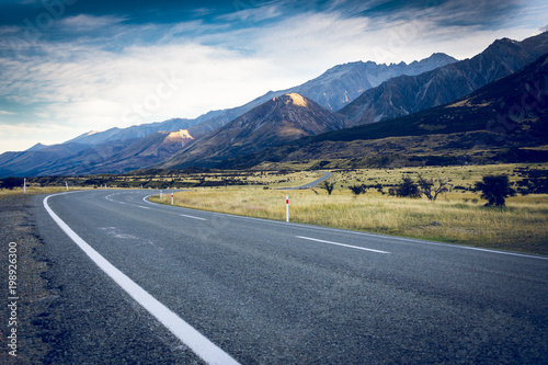Fotobehang Nachtblauw Road New Zealand
