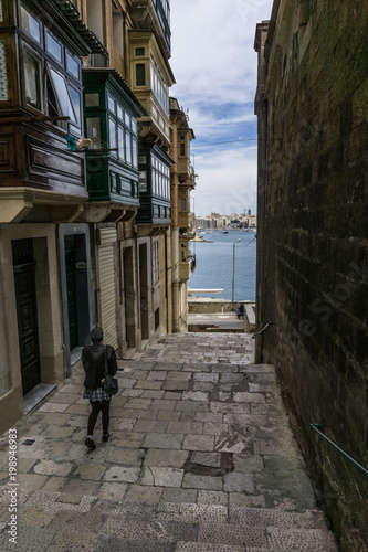 Plexiglas Smalle straatjes Streets of Valletta