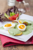 grüne Soße mit Eiern und Kartoffeln - 199047953