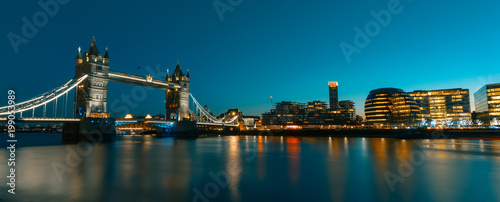 Foto op Canvas London View on London Cityscape panorama at sunset, modern style