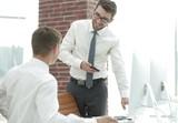 businessman decides to work problems - 199091129