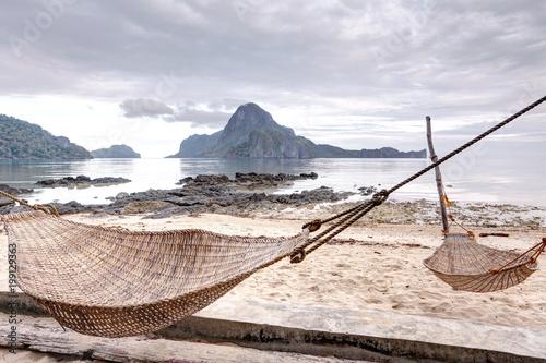Hammock on the sandy beach, El Nido, Palawan, Philippines - 199129363