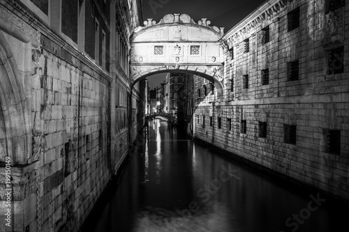 Foto op Plexiglas Venetie Bridge of Sighs Ponte dei Sospiri pont des soupirs