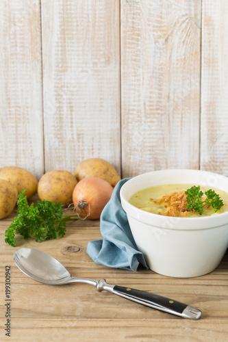 Potato soup with roasted onions - 199300942