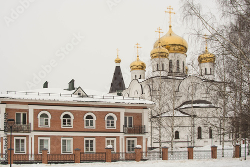 Foto op Plexiglas Kiev Temple Athanasius and Theodosius in the city of Cherepovets in Materinskoy grove.