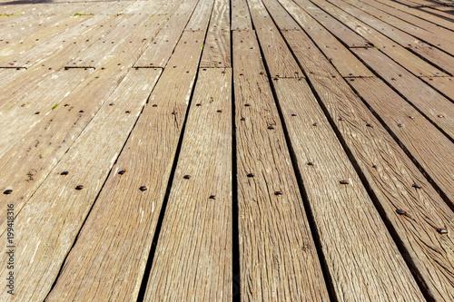 brudna drewniana ściana