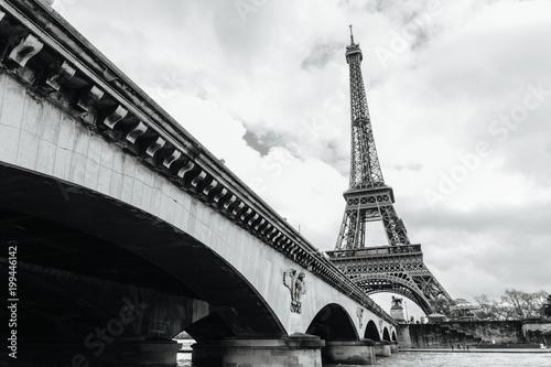 Wall mural Eiffel tower in Paris, France