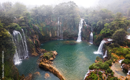 Foto Murales Aerial view on the Ban Gioc Waterfall at cloudy March  - the most magnificent waterfall in Vietnam