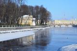 Санкт-Петербург, Кофейный домик на берегу реки Фонтанки зимой в ясную погоду - 199515945