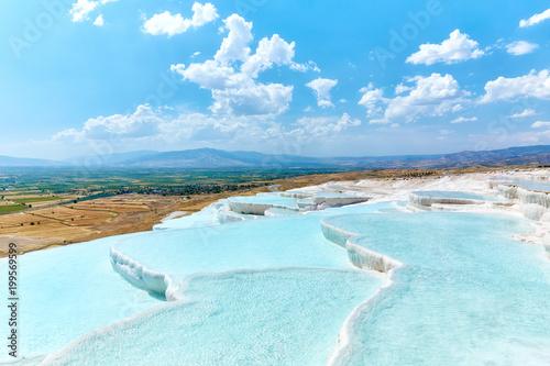 Foto Murales Natural travertine pools and terraces in Pamukkale, Turkey