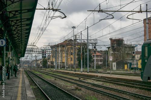 In de dag Spoorlijn Train Station