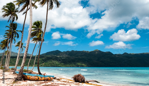 Keuken foto achterwand Tropical strand Fishing boats in the Caribbean sea
