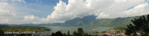 Poster Panoramafoto s Panorama du lac Batur, Bali, Indonésie