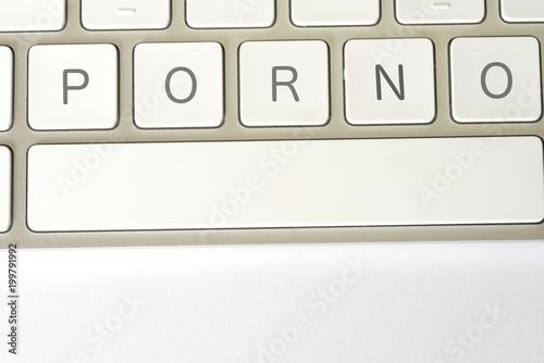 Ein Computer und Tasten für Porno