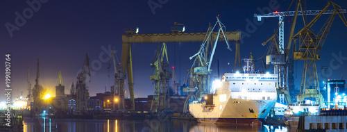 tereny przemysłowe stoczni w Szczecinie w Polsce, panorama wysokiej rozdzielczości