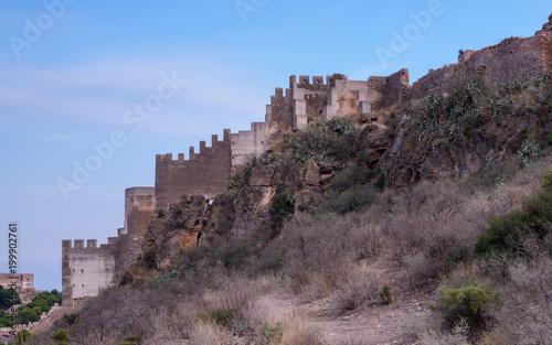 Murallas en el castillo de Sagunto. Valencia. España