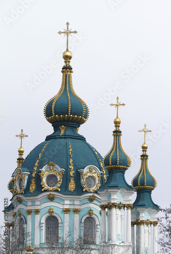 Foto op Plexiglas Kiev Domes of the Saint Andrews Church in Kiev, Ukraine.