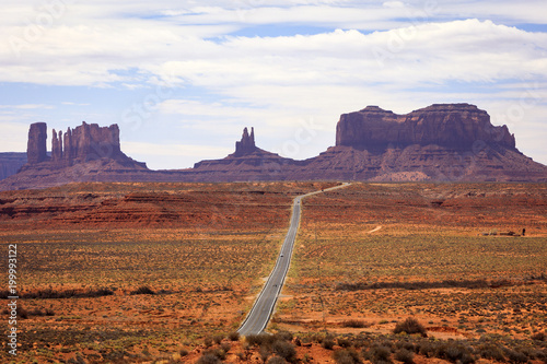Poster Wit Scenic sandstone landscape in the desert southwest, Utah, USA.
