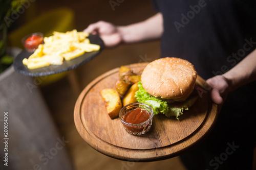 burger witn potatoes - 200054306