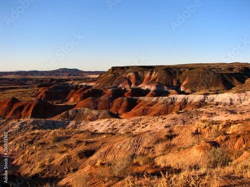 Fotobehang Blauwe hemel Painted Mountains