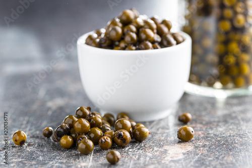 Green peppercorn in brine. - 200136771
