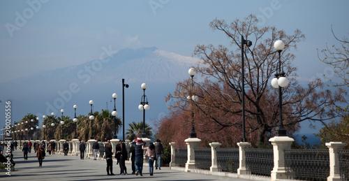 Lungomare Reggio Calabria con monte Etna - 200205556