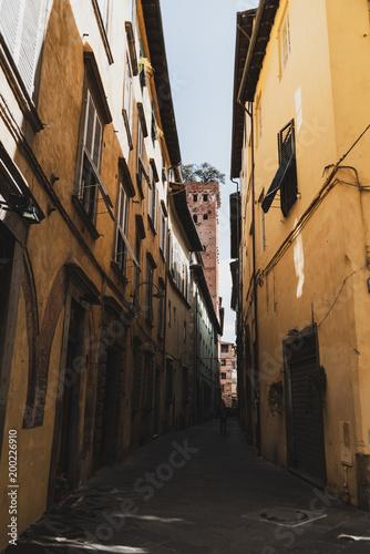 Plexiglas Smalle straatjes Vicoli di Lucca