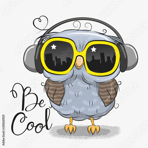 Cute Owl with sun glasses - 200261929