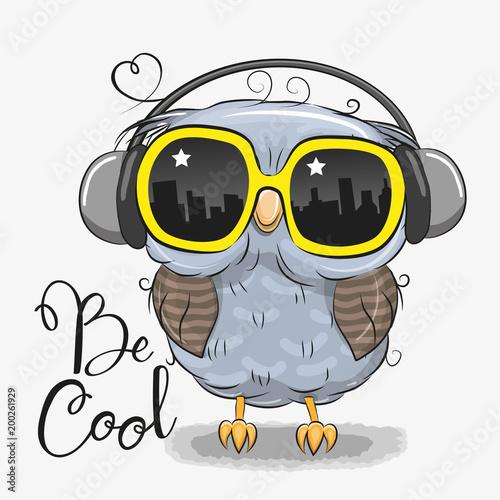Keuken foto achterwand Uilen cartoon Cute Owl with sun glasses