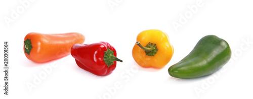 Foto op Plexiglas Verse groenten Mini poivrons de couleurs différentes