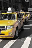 New York, Taxis Jaunes - 200367562