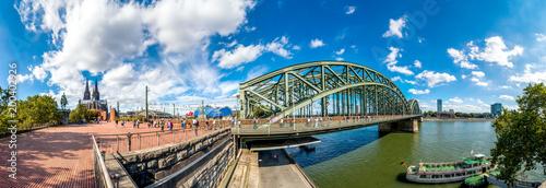 Köln, Kölner Dom und Hohenzollernbrücke
