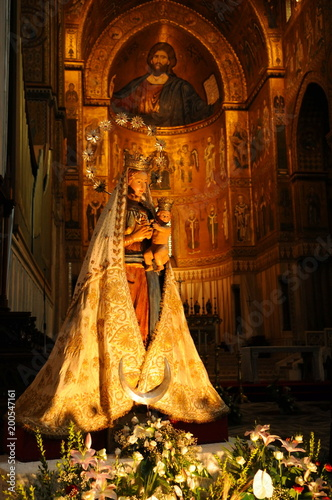 Plexiglas Cathedral Cove イタリア、シチリアのモンレアーレ大聖堂の風景
