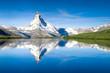 Leinwanddruck Bild - Stellisee und Matterhorn in den Schweizer Alpen bei Zermatt