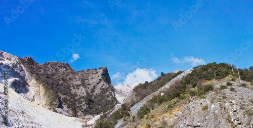 Deurstickers Toscane marble quarry in marina di carrara