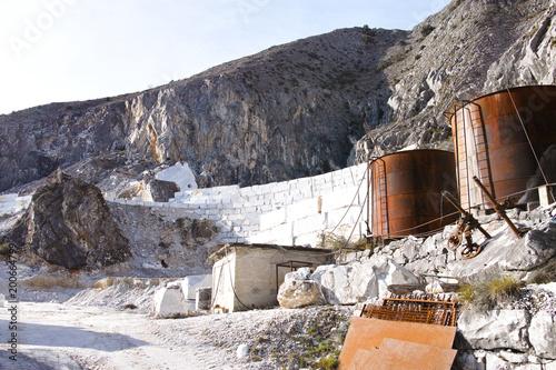 kamieniołom marmuru w marinie carrara
