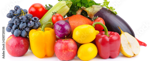 Foto op Plexiglas Verse groenten Fruit and vegetable isolated on white background. Wide photo.